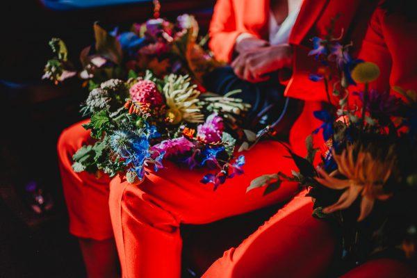 wedding flowers, loft studios wedding, loft studios wedding photography, loft studios wedding photographer, loft studios london, london wedding photographer, london wedding photography, urban london wedding, manchester wedding photographer, ayesha photography, humanist wedding in london, colourful wedding,